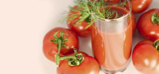 10 Les meilleurs bienfaits du jus de tomate pour la peau, les cheveux et la santé