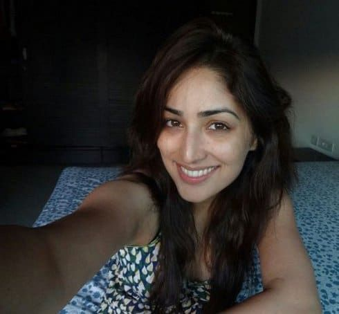10 Photos de yami gautam sans maquillage