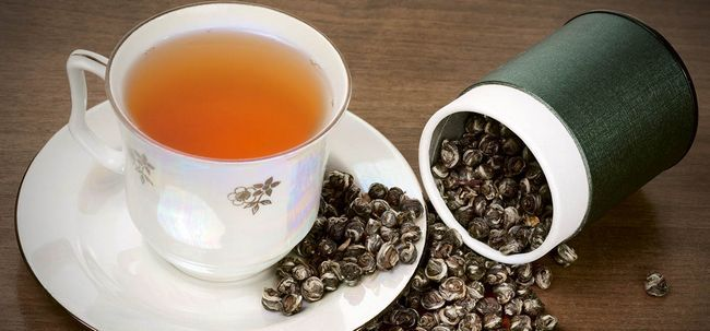 14 Les meilleurs avantages du thé oolong pour la peau, les cheveux et la santé
