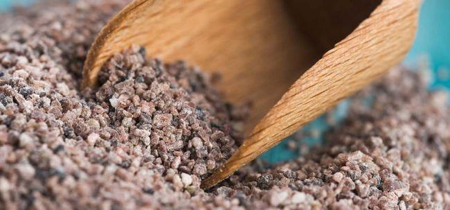 19 Les meilleurs bienfaits du sel noir (kala namak) pour la peau, les cheveux et la santé