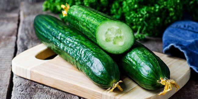 32 Les meilleurs avantages de concombre (kheera) pour la peau, les cheveux et la santé