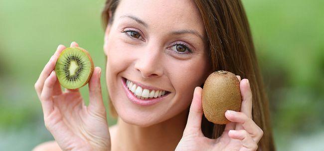 36 Avantages étonnants de kiwi pour la peau, les cheveux et la santé