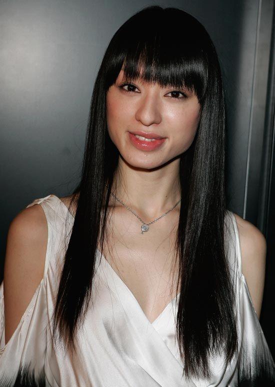 Les coiffures de 50 filles à la mode et facile asiatiques pour essayer