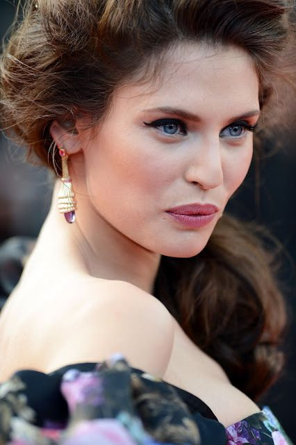 Bianca balti Cannes 2012: robe, maquillage, vidéo backstage