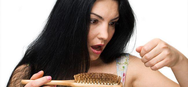 La croissance des cheveux pour la calvitie - causes et solutions