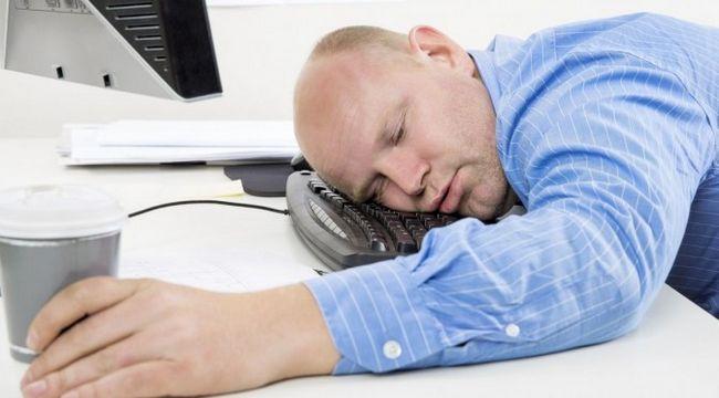 Comment lutter contre la somnolence naturellement?