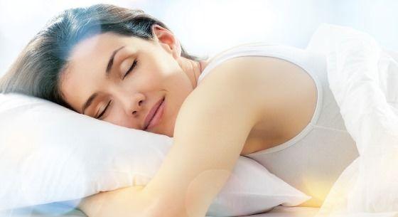 Comment mieux dormir? (Obtenir un bon sommeil de nuit sans médicaments)