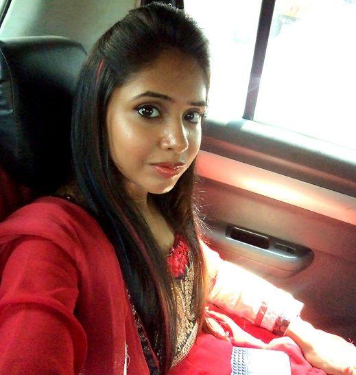 Maquillage et tenue: mariage indien!