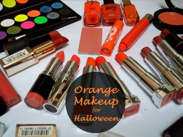 Ma collection de maquillage orange: rouges à lèvres, fards à paupières, fards à joues, baumes à lèvres, vernis à ongles