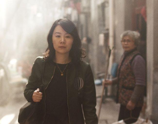 Cette vidéo déchirante montre comment les femmes célibataires chinois plus de 25 sont traités