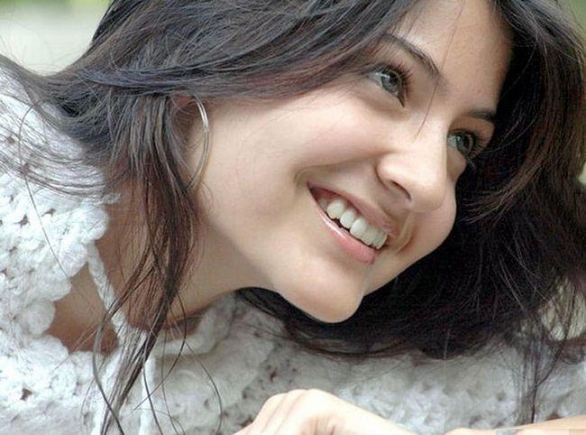 Top 10 des images de maquillage sans anushka sharma