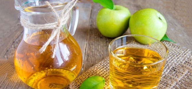 Top 26 des avantages incroyables de pommes vertes pour la peau, les cheveux et la santé