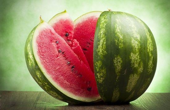 Melon d`eau 101: faits nutritionnels et bienfaits pour la santé